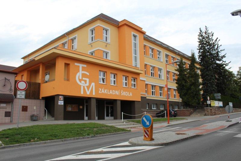 ZŠ TGM Ivančice - budova
