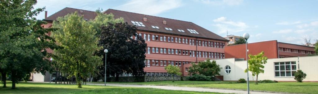 gymnázium Ivančice