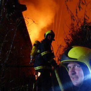 hasiči při zásahu požár Ivančice 27.10.2018 Ekotex